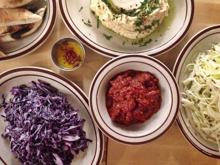 10 restaurants pas chers et d licieux montr al for Diner entre amis pas cher